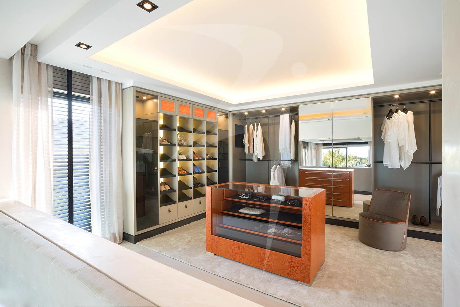 11_VillaRachel_dressingroom