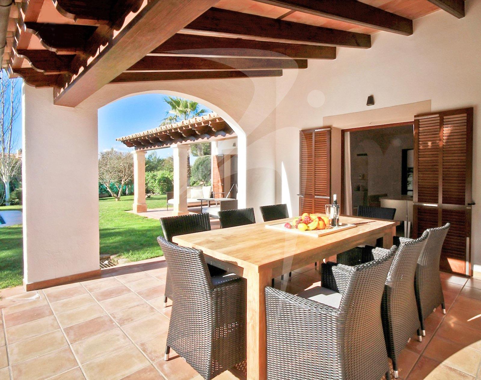 VillaAmbiente_terrace_logo